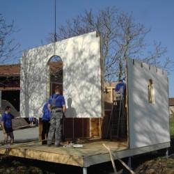 Kapelle wird aufgestellt