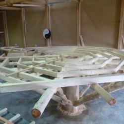 Unterkonstruktion für die Plattform oben