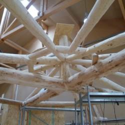 Die Dachkonstruktion entsteht
