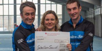Spendenübergabe an Schellen Sau e.V.