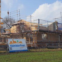 Köhldorfner Muster-Holzhaus Montage Dachstuhl Südostseite