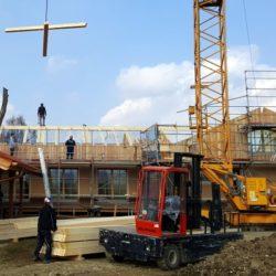 Köhldorfner Muster-Holzhaus Montage Dachstuhl Südseite