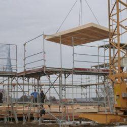 Köhldorfner Muster-Holzhaus Montage Holz-Bodenplatte