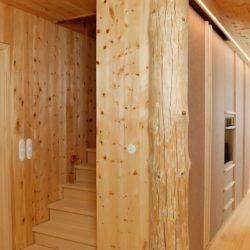 Köhldorfner Muster-Holzhaus Massivholzküche