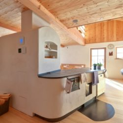 Musterhaus, Kochstelle mit Holzbefeuerung