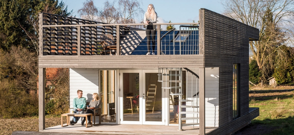 https://www.koehldorfner.de/wp-content/uploads/2019/06/81fünf_naturbau_meldorf_tiny-house-1000x460.jpg