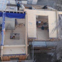Köhldorfner Holzhaus Oase Thalham Montage der Dachelemente