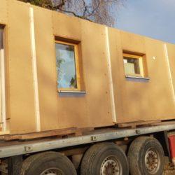 Oase Thalham Holzwand Transport