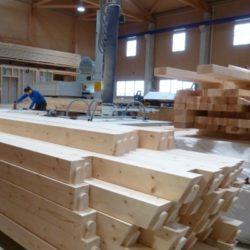 Köhldorfner Holzbau Fertigung mit naturbelassenem Holz