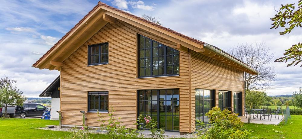 Holzhäuser für höchste Energiestandards